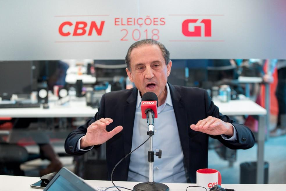 Paulo Skaf, candidato do MDB ao governo de São Paulo, é entrevistado pelo G1 e pela CBN no estúdio da Rádio, em São Paulo — Foto: Marcelo Brandt/G1
