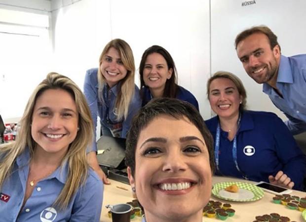 Sandra Annenberg acompanha a partida com outros colegas da equipe de jornalismo da TV Globo (Foto: Reprodução/Instagram)