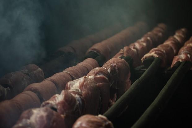 Preparação da Carne de Fumeiro (Foto: divulgação)