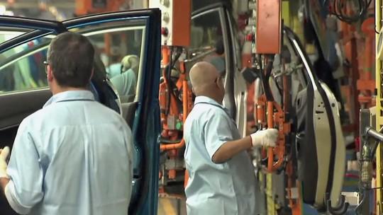 Volkswagen chama Touareg, Jetta e Fusca para a oficina
