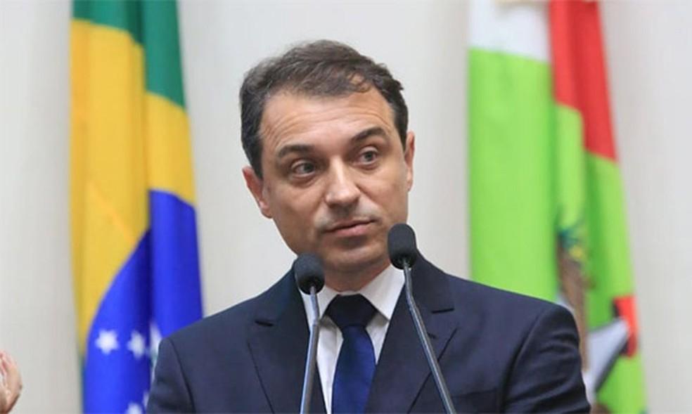 Tribunal Especial aprova afastamento do governador de Santa Catarina |  Política | Valor Econômico