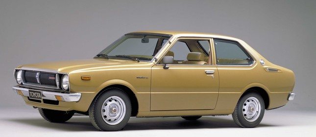 Toyota Corolla terceira geração - 1974