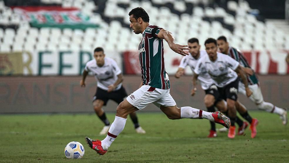 Fred é o artilheiro do Flu na temporada com 17 gols — Foto: Lucas Merçon / Fluminense FC