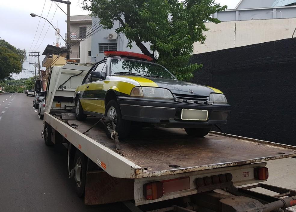 Veículo foi apreendido em Presidente Prudente (Foto: Polícia Militar/Cedida)