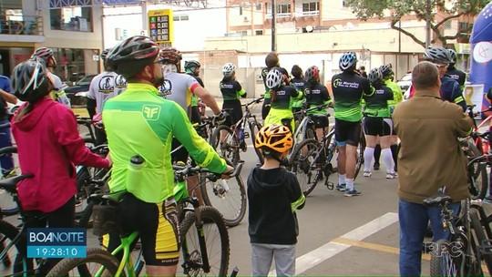 Passeio pelas ruas de Guarapuava chama a atenção para o respeito com ciclistas e pedestres