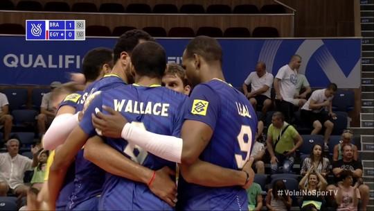 Wallace aparece bem no bloqueio, e Brasil fecha o 2º set - 25 x 19