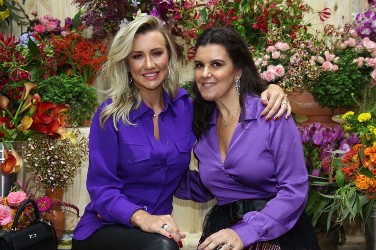 Ana Paula Siebert e Tetê (Foto: Marcos Ribas/Brazil News)