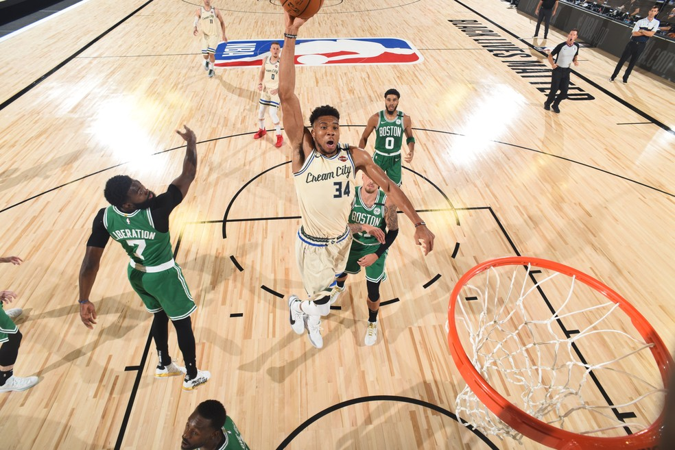 Boston Celtics x Milwaukee Bucks - NBA — Foto: Garrett Ellwood/Getty Images
