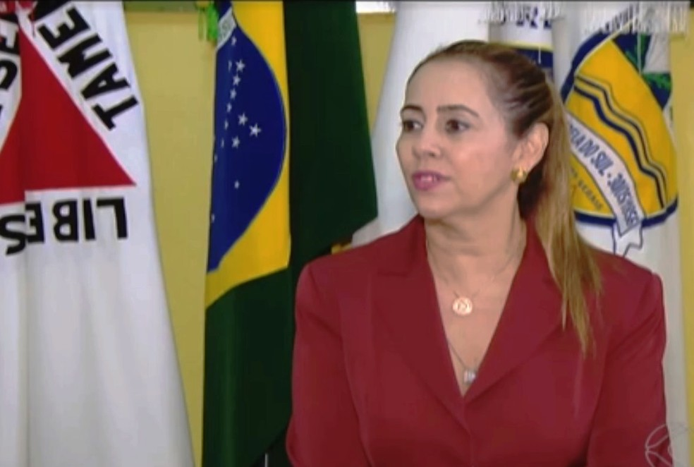 Prefeita de Estrela do Sul, Dayse Galante (PSD), foi filmada ameaçando policias militares (Foto: Reprodução/TV Integração)