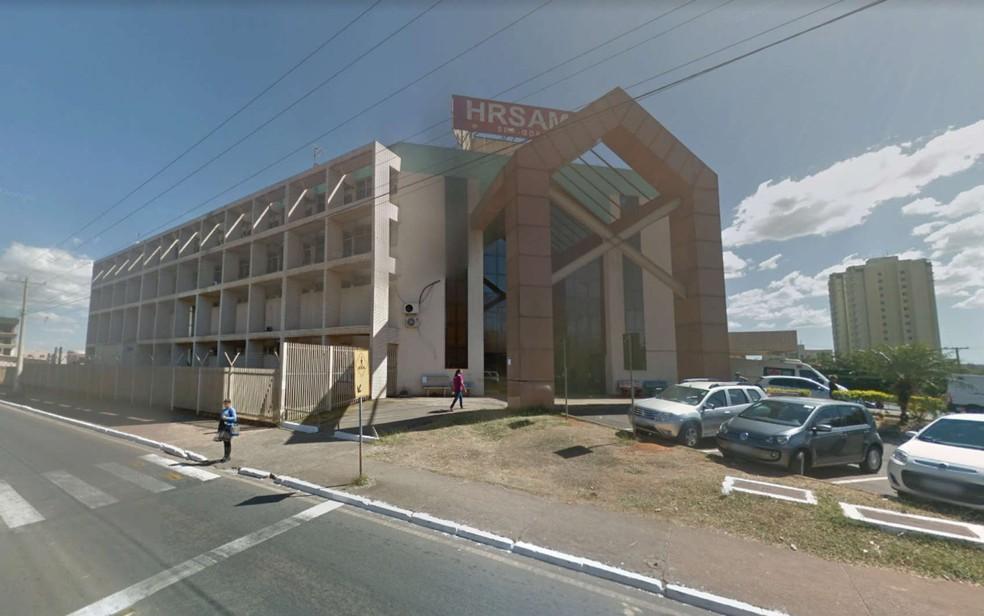Fachada do Hospital Regional de Samambaia, no DF — Foto: Google Maps/Reprodução