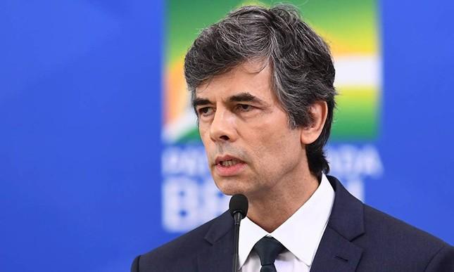"""""""O Brasil é um dos países que melhor performa (sic) em relação a covid"""", disse o novo ministro da Saúde"""