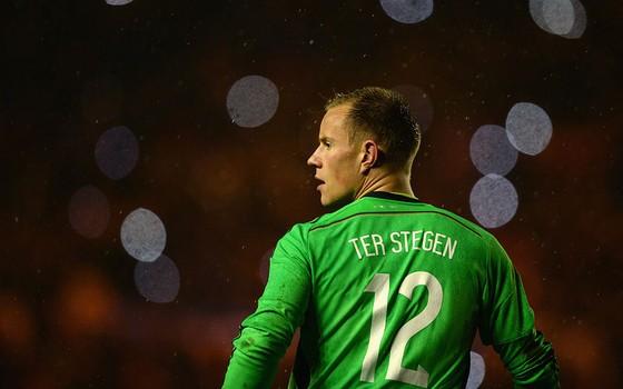 Ter Stegen. O substituto de Neuer no gol da Alemanha joga com mãos, pés e, principalmente, com a cabeça (Foto: Getty Images)
