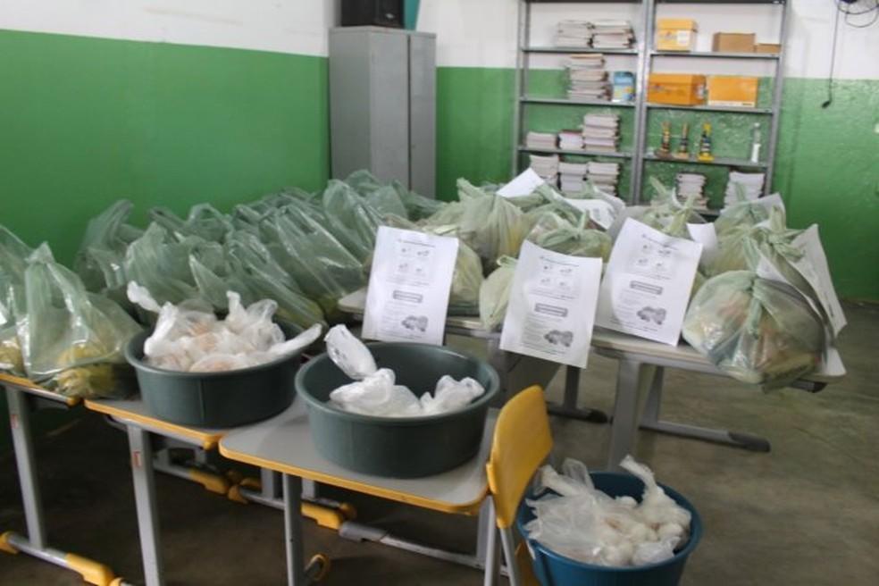 Cronograma para a entrega de kits merenda foi divulgado em Arcoverde — Foto: Israel Leão/Divulgação