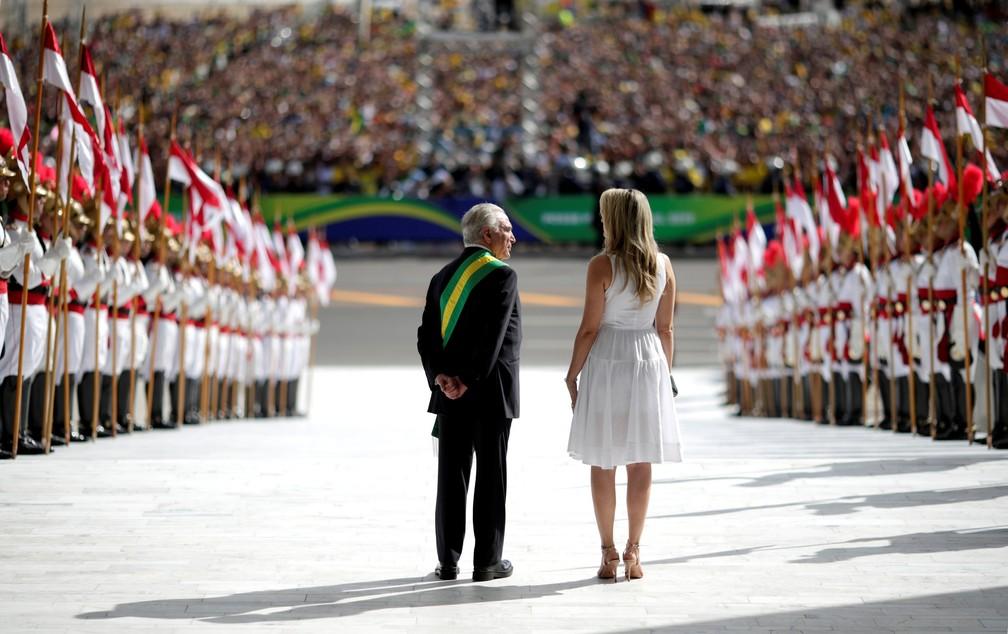 Michel Temer e sua esposa, Marcela Temer, aguardam o novo presidente do Brasil, Jair Bolsonaro, no Palácio do Planalto, em Brasília — Foto: Ueslei Marcelino/Reuters