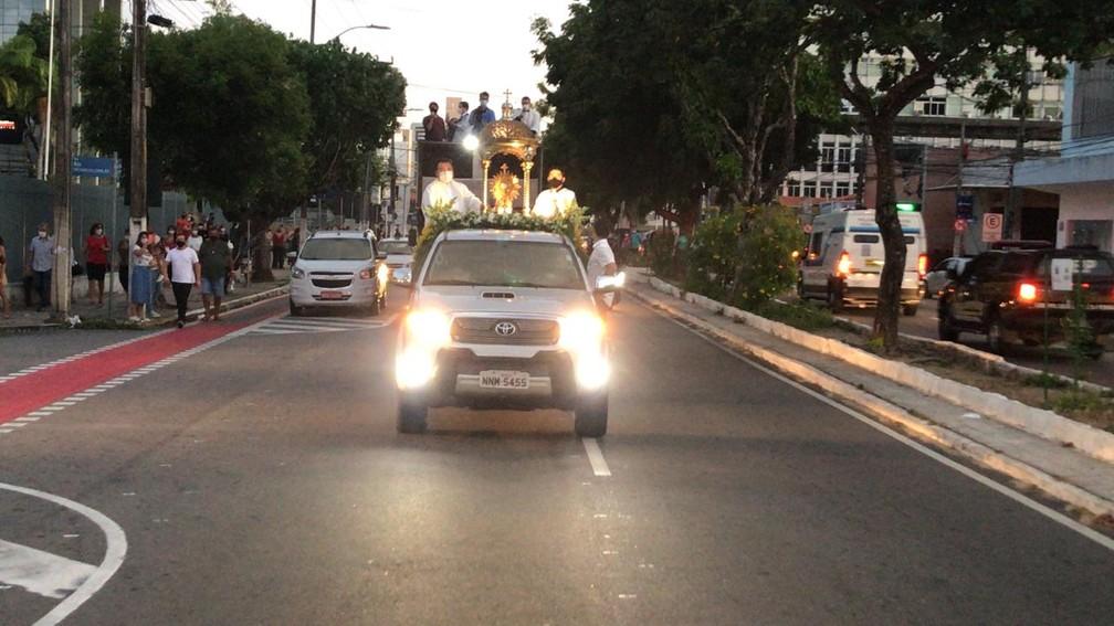 Procissão motorizada celebrou Corpus Christi em Natal — Foto: Geraldo Jerônimo/Inter TV Cabugi