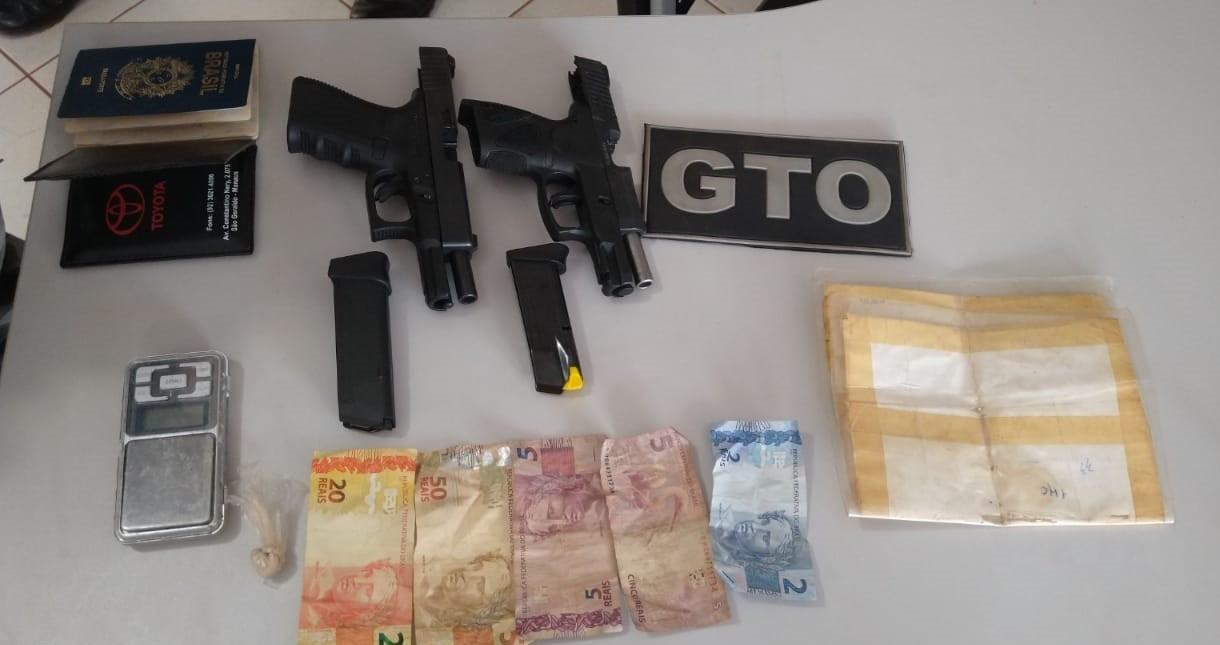 Dupla com carro de luxo é flagrada com armas, drogas e dinheiro pela PM em Itaituba, no PA