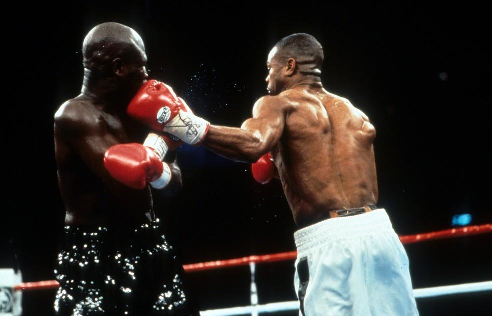 Roy Jones Jr. é considerado um nocauteador nato. Ele vai encarar Mike Tyson — Foto: The Ring Magazine via Getty Images
