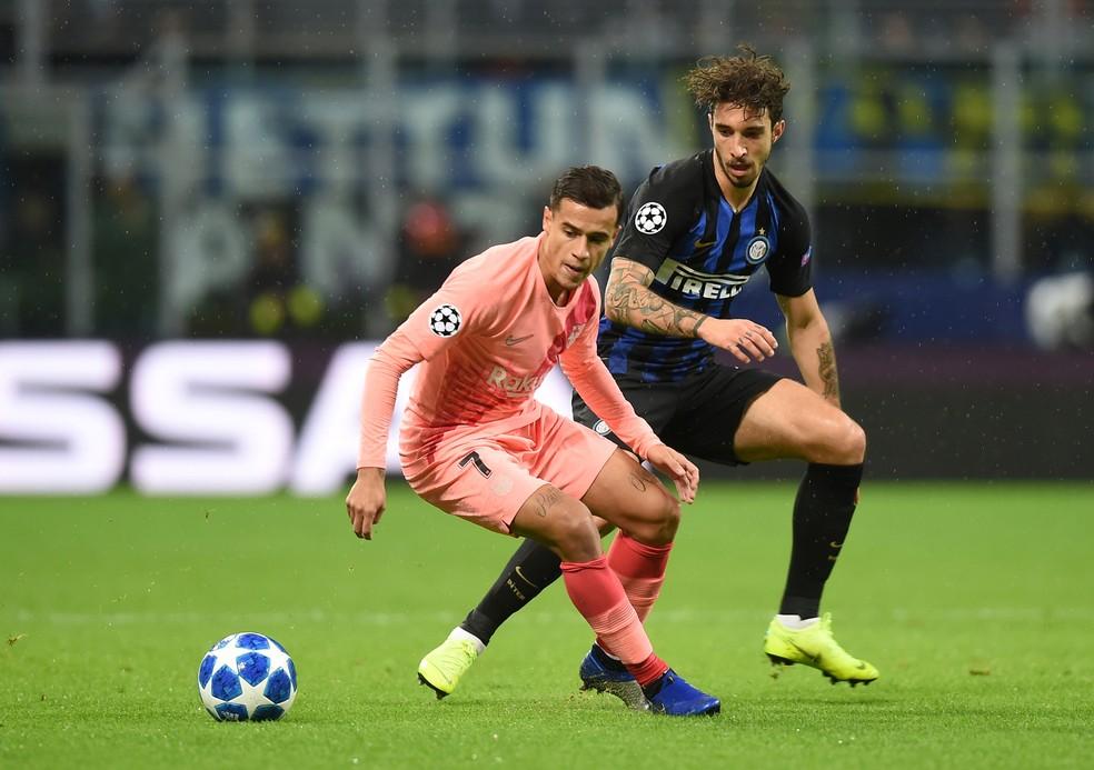 Philippe Coutinho no jogo do Barcelona contra a Internazionale — Foto: REUTERS/Daniele Mascolo