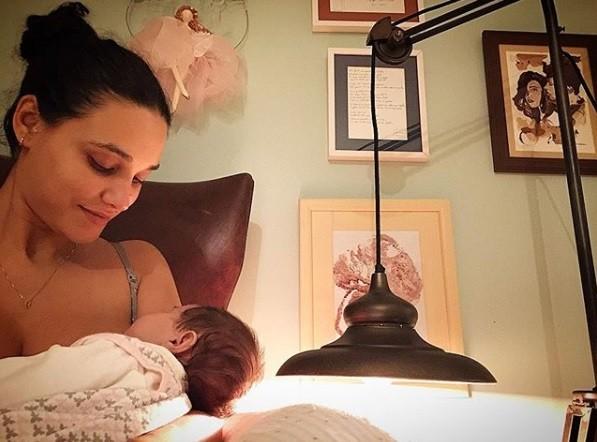 Débora Nascimento e a filha, Bella (Foto: Reprodução / Instagram)