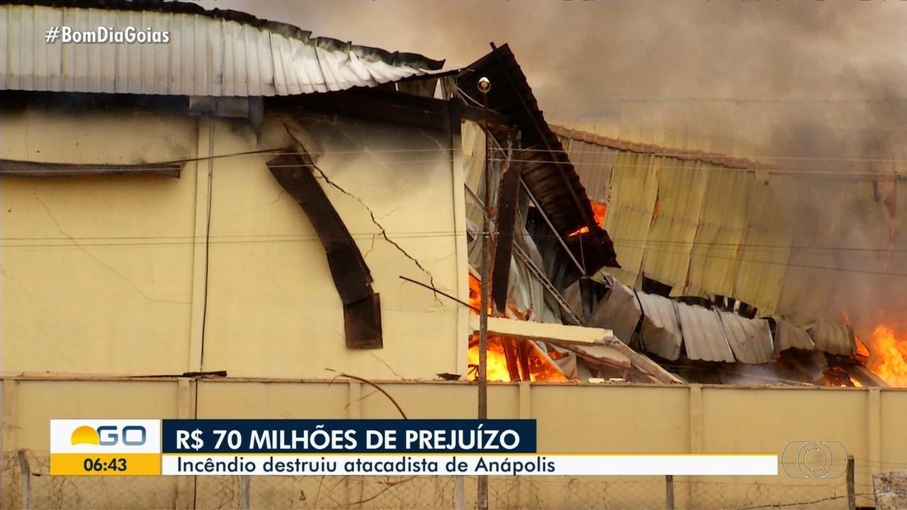 Incêndio destrói atacadista de Anápolis