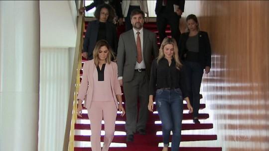 Michelle Bolsonaro é recebida por Marcela Temer no Palácio da Alvorada