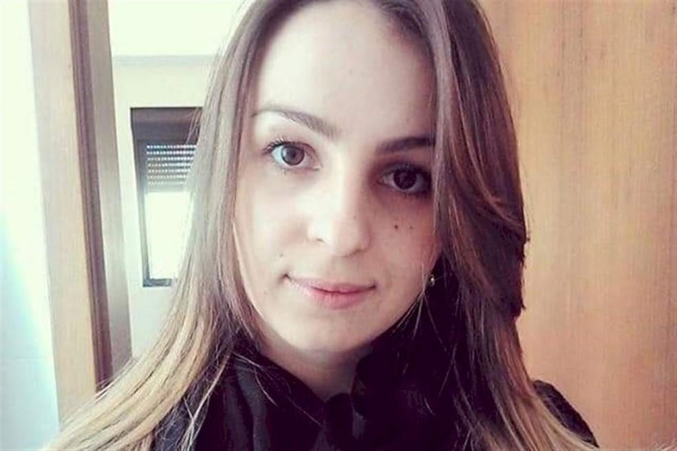 Bárbara Machado Padilha de 32 anos está desaparecida desde o sábado (10) — Foto: Divulgação / Polícia Civil