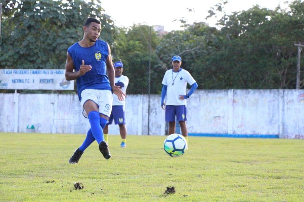 Bernardo disputou o Amazonense pelo Nacional e contava com prestígio da diretoria, mas foi liberado e acabou contratado pelo Fast — Foto: Milly Barreto/Nacional FC