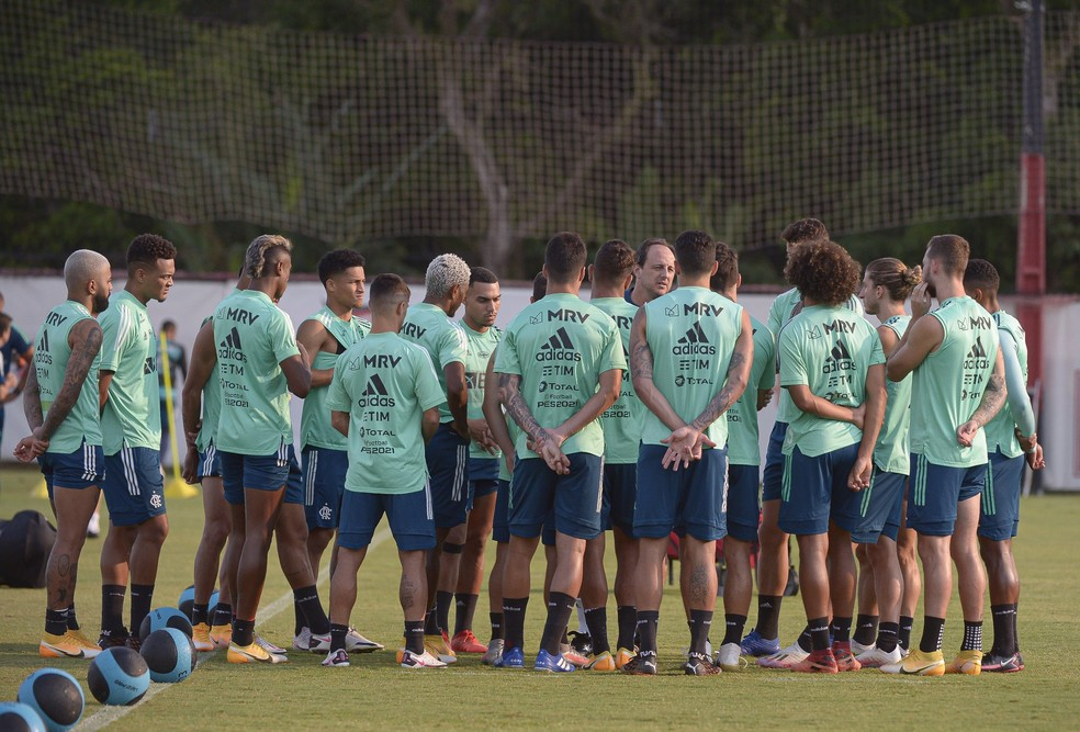 Flamengo faz terapia coletiva na busca por melhores resultados