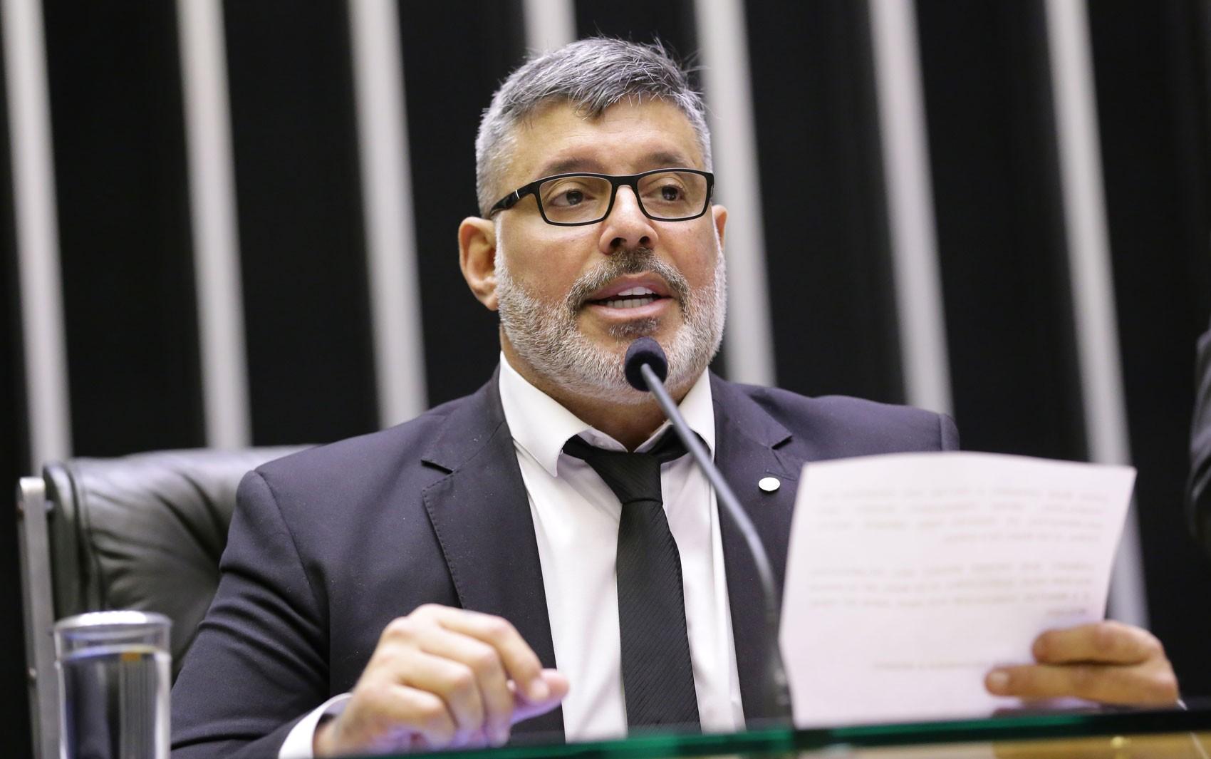 MP denuncia Alexandre Frota por falsidade ideológica em alteração societária de empresa de publicidade em São Paulo