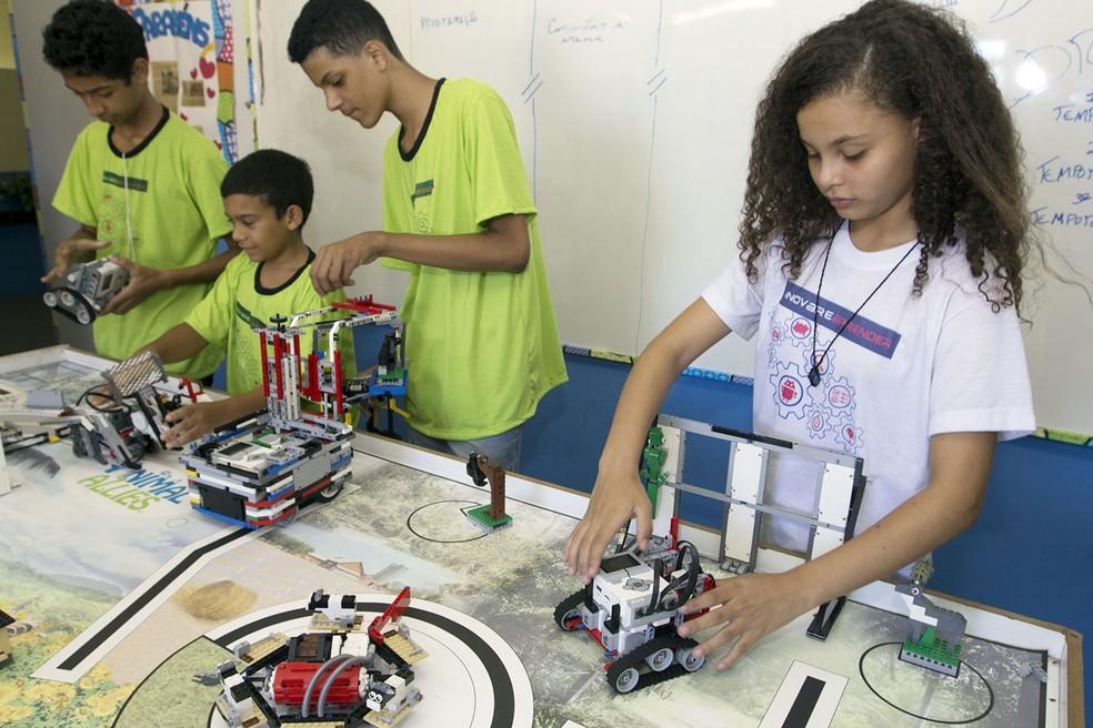 Alunos se preparam para apresentar protótipos na Brasil Offshore (Foto: Divulgação/ Secom Macaé)