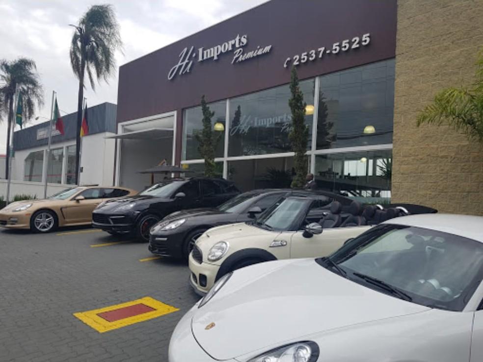 Investigação começou após denúncia de clientes de loja em Piracicaba — Foto: Polícia Civil