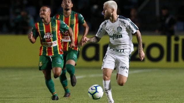 Lucas Lima teve atuação apagada em São Luís