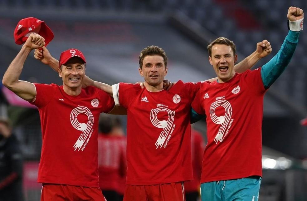 Lewandowski, Müller e Neuer: trio de veteranos e campeões do Bayern  — Foto: REUTERS