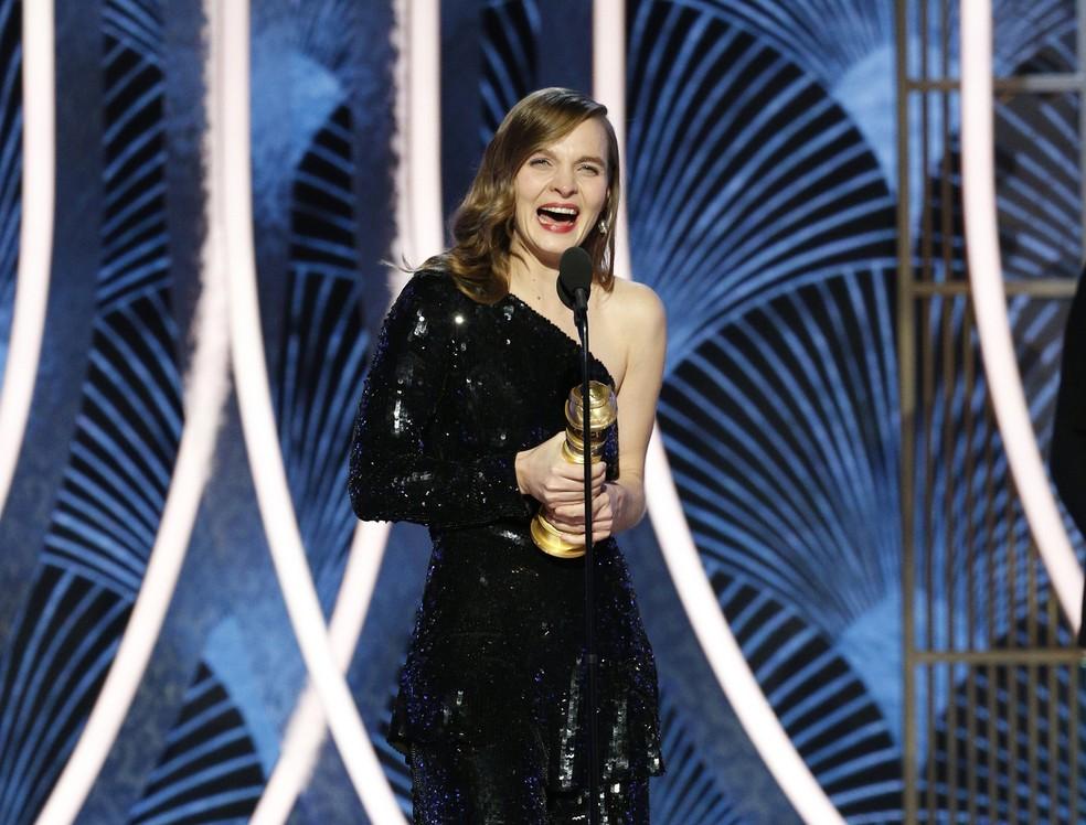 """Hildur Gudnadottir recebe Globo de Ouro de melhor trilha sonora original para filmes por """"Coringa"""" — Foto: Paul Drinkwater/NBC via AP"""