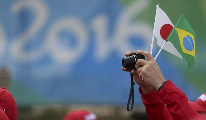 Boas vinda à delegação japonesa (Foto: . REUTERS/Edgard Garrido)