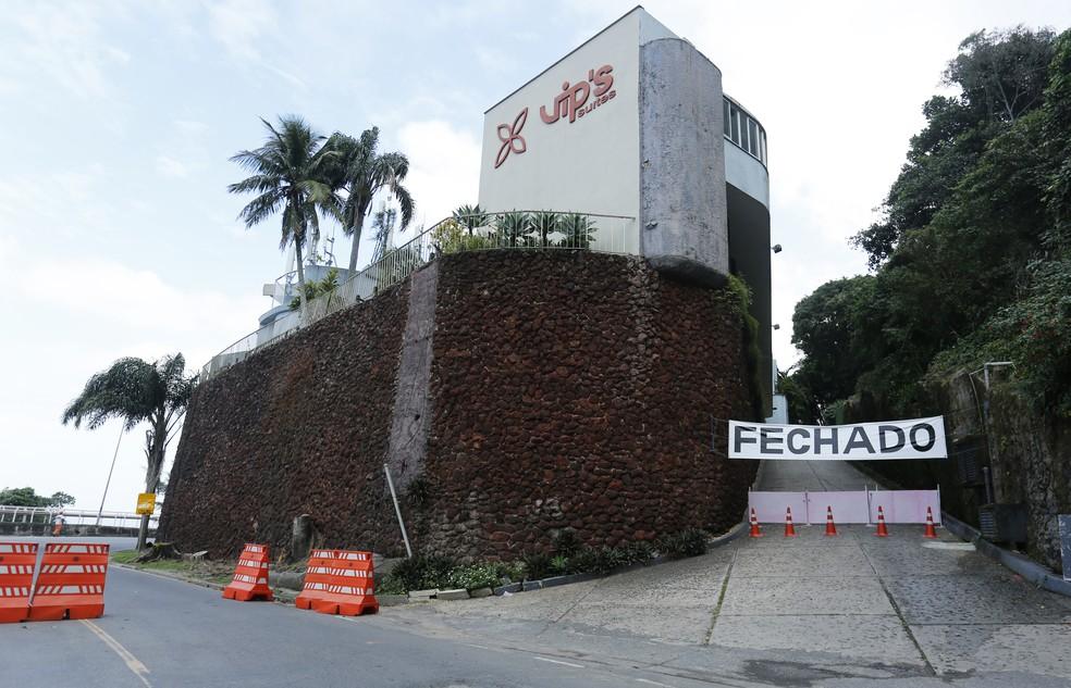 Motel Vip's fechou as portas após seguidas interdições da Avenida Niemeyer — Foto: Marcos Serra Lima / G1