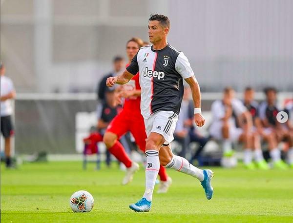 O jogador de futebol Cristiano Ronaldo em ação pela italiana Juventus (Foto: Instagram)