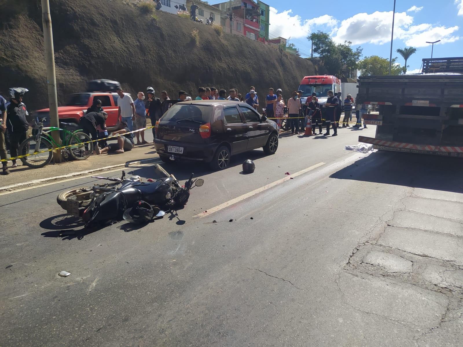 Motociclista morre em acidente na BR-116, em Caratinga