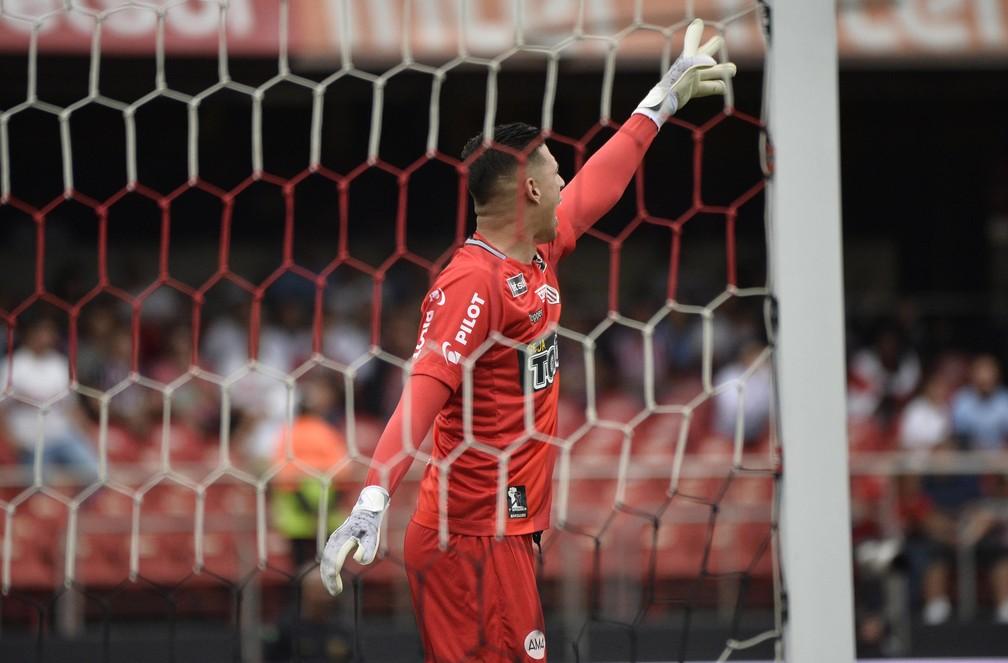 Ponte sofreu gols nos últimos oito jogos no Paulista — Foto: Marcos Ribolli
