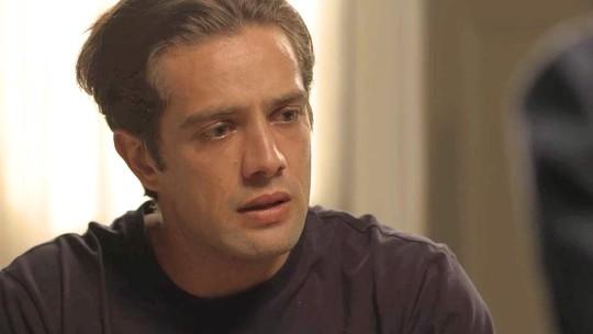 Daniel fica desconcertado ao saber da tragédia de Julia Castelo
