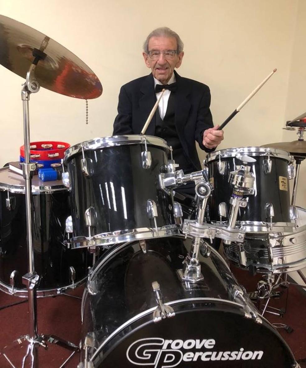 Saul faz sua primeira apresentação em São Paulo na terça (13). — Foto: Facebook Saul Dreier /Reprodução