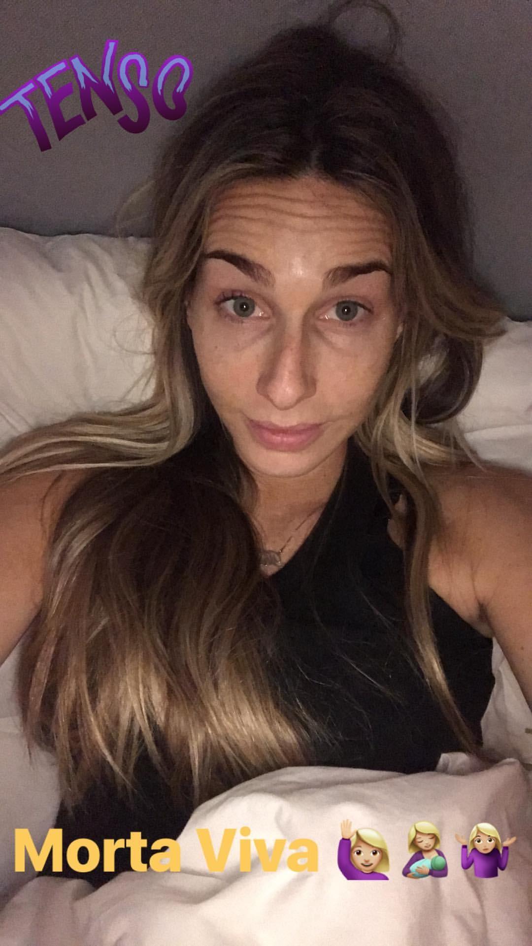 Mari Weickert brinca em selfie (Foto: Reprodução/Instagram)