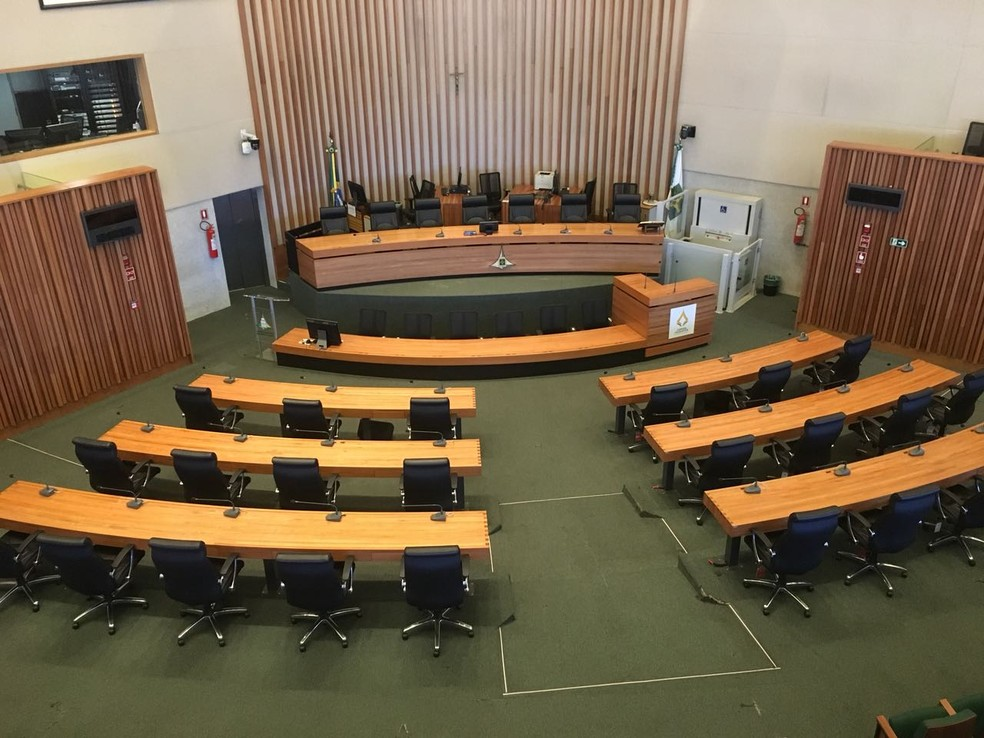 Plenário da CLDF visto de cima (Foto: Gabriel Luiz/G1)