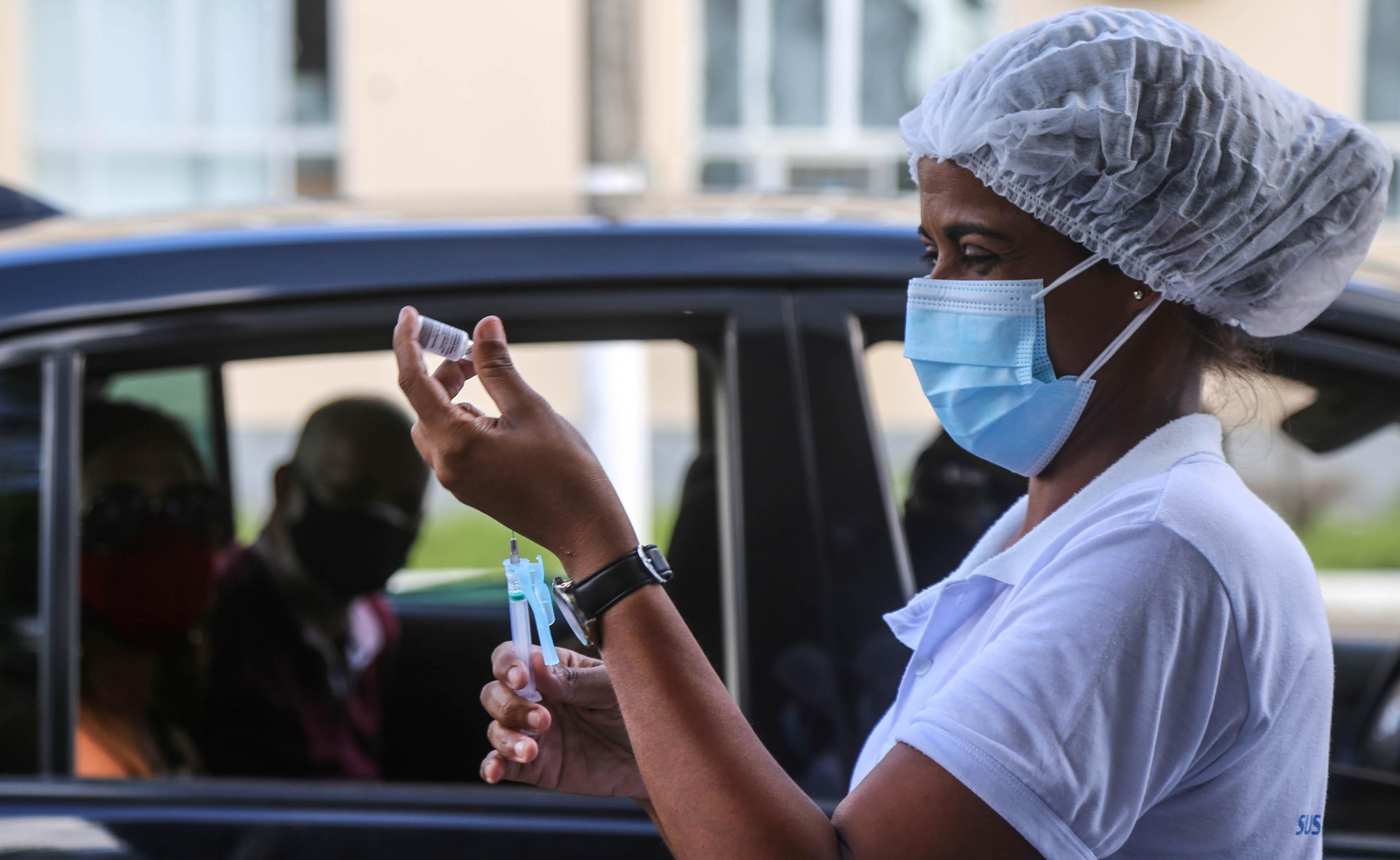 Aplicação da 1ª dose da vacina contra Covid-19 será suspensa em Salvador na sexta; prefeitura fará mutirão da 2ª dose