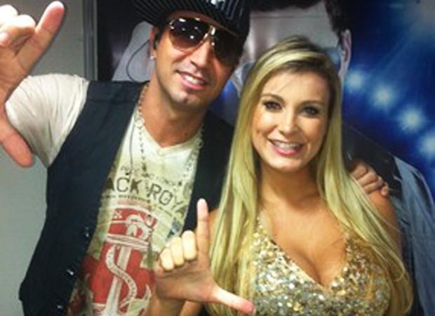 Latino e Andressa Urach (Foto: Reprodução/ Instagram)