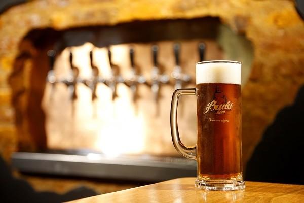 A Buda Beer é uma das 21 produtoras de cerveja de Petrópolis