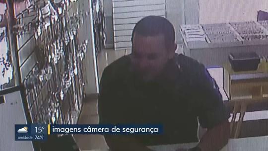 Homem usa farda do Exército para furtar celular no DF; veja vídeo