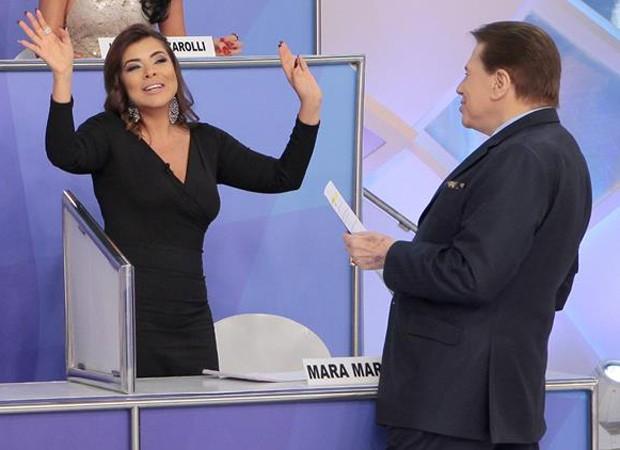 Silvio Santos questiona Mara Maravilha por desentedimentos com Lívia Andrade (Foto: Lourival Ribeiro/SBT)
