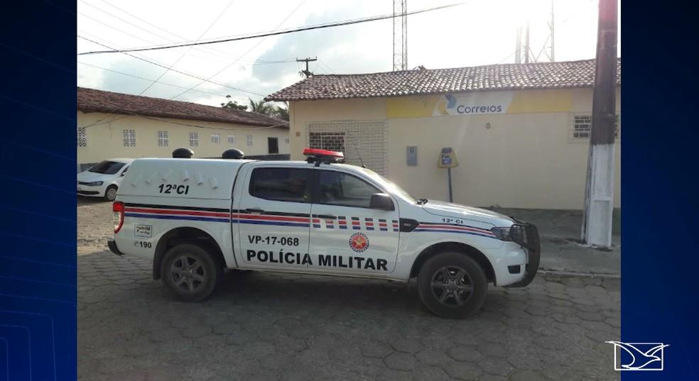 Polícia Militar realiza rondas para tentar localizar bandidos que assaltaram agência dos Correios em Presidente Médice — Foto: Reprodução/TV Mirante