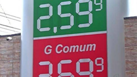 Consumidores do Alto Tietê aguardam redução do preço na gasolina nos postos da região